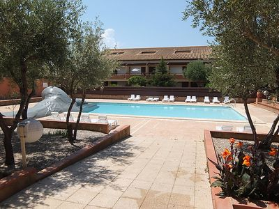 Photo for One bedroom Apartment, sleeps 5 in Saint-Cyprien-Plage with Pool and WiFi