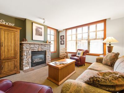 Photo for Cozy 2-bedroom condo at the Grand Sierra Lodge, steps to gondola with hotel-style amenities