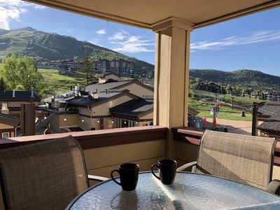 Photo for 2-Bedroom 2-Bath SKI IN/OUT with Large Living Area