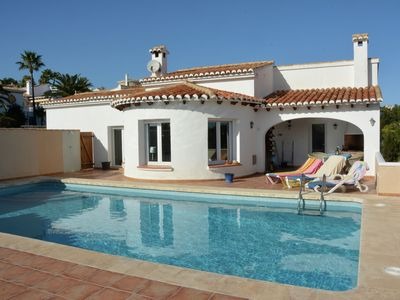 Photo for Villa with private swimming pool, covered terrace, WiFi, 3 beaches a 5 minute-drive away