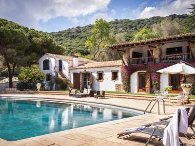 Photo for House with swimming pool, 40.000 m2 garden private and close to the beach,has capacity for 18 people