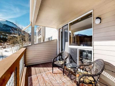 Photo for Studio w/ mountain view balcony & shared hot tub - near bus stop & outlets!