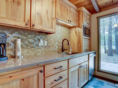 Photo for 7 Approach - Gorgeous Mountain Lodge Remodel, So Close too SHARC, Hot Tub, Bikes