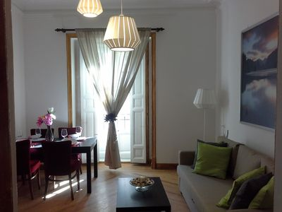 Photo for 2-7 Central renovated apartment, Sun, Wifi, 2 Balconies, A / C, heating,
