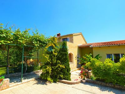 Photo for Apartment 1017/13491 (Istria - Valbandon), Romantic accommodation, 750m from the beach