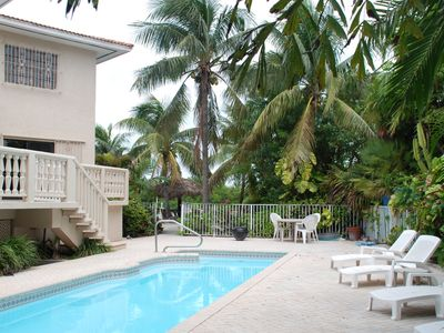 Photo for 4 Bedrooms,large private pool,Great fishing!!!