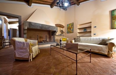 Photo for Luxury apartment in Loro Chianti, for family, in a farmhouse,with pool, AC, WiFi