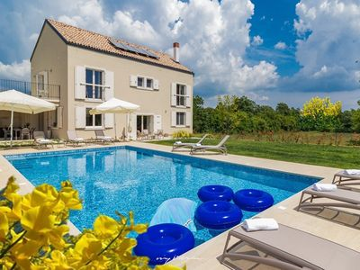 Photo for Villa with large pool in Central Istria