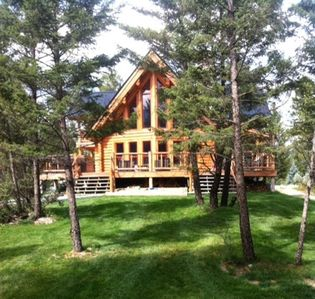 Photo for Family Friendly Log Home Sleeps up to 10