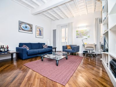 Photo for Beautiful apartment just steps from the Spanish Steps and the Trevi Fountain