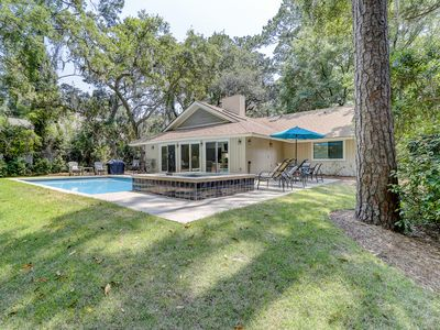 Photo for Magnificent house w/pool views, private pool, jacuzzi & beach access!