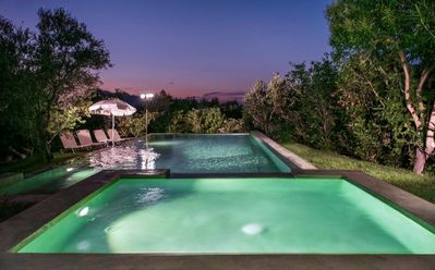 Photo for 5 bd property, comfortable, amazing view, pool