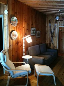 Photo for Beautiful beach lakefront cottage - near Algonquin Park Ontario