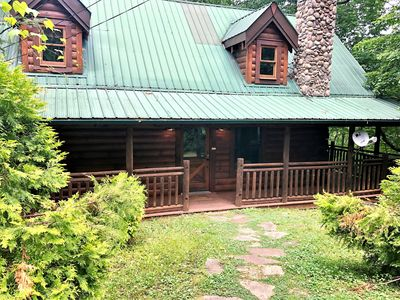 Photo for Bear Pleasures! Nestled high on a ridge near Pigeon Forge and Gatlinburg.