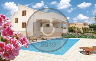 Photo for 3 bedroom accommodation in Debeljak