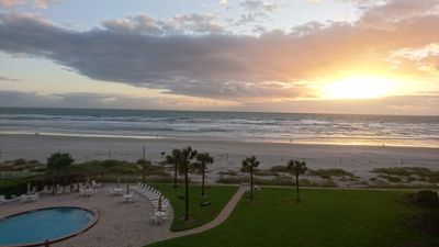 Photo for Tequila Sunrise - Beachfront condo with spectacular views!