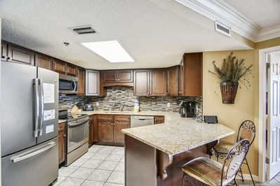 Fully Equipped Kitchen, recently upgraded with Stainless Steel Appliances, Custom Cabinets and Granite Counter Tops.
