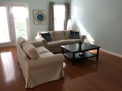 Great House, just 20 minutes to Charlotte, 5 minutes to Lake Norman