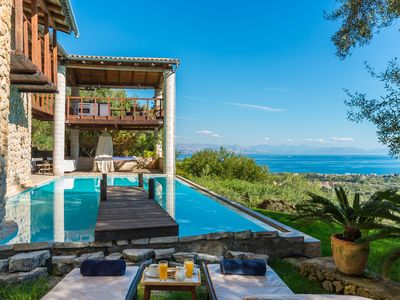 Photo for Romantic Honeymoon Villa, infinity pool and jacuzzi - ideal for couples!