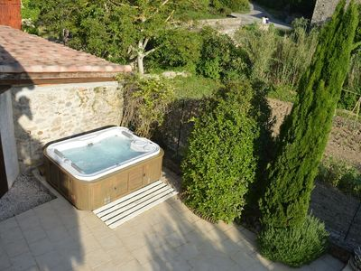 Photo for Luxury 2 bed cottage with jacuzzi near Limoux
