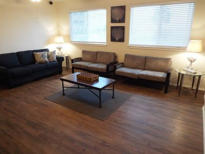 Open Living Room with Pull out couch (Queen size bed)