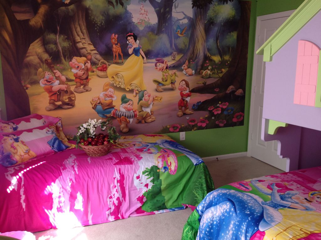 Kids Theme Room And Private Pool Close To Disney World In