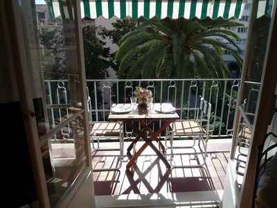 Photo for Nice center, nice 2 rooms air-conditioned, very calm, with south-facing terrace