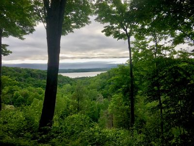 Welcome home to beautiful views of lake Bellaire, 2 bedroom, sleeps 6 (5 adults)