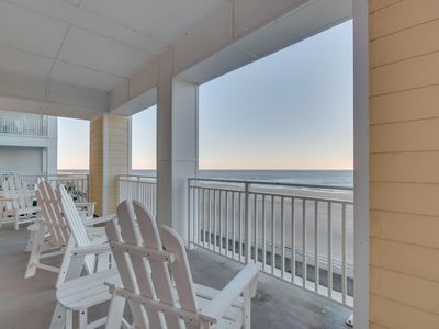 Photo for Spacious 3 bedroom 2 bath beach condo with amazing ocean views!
