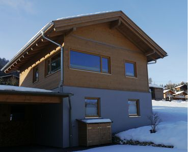 Photo for Luxury Chalet in the ski resort Dachstein-West