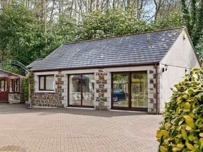 Photo for 1 bedroom property in St Austell. Pet friendly.