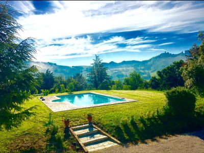 Photo for An idyllic hilltop farmhouse escape with pool in Umbria