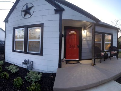 Photo for 2BR Bungalow Vacation Rental in Grapevine, Texas