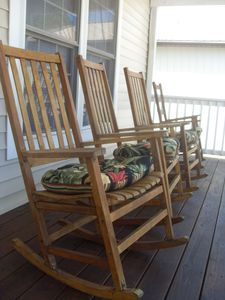 Photo for Fabulous Family Friendly Home Close to Beach - Labor Day Beckons!