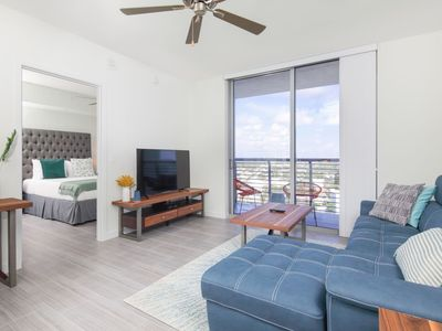 Photo for Luxury 1 bdr with balcony