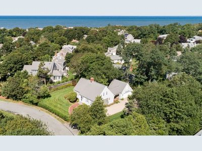 Photo for Charming & spacious cape house 0.4 miles to the beach