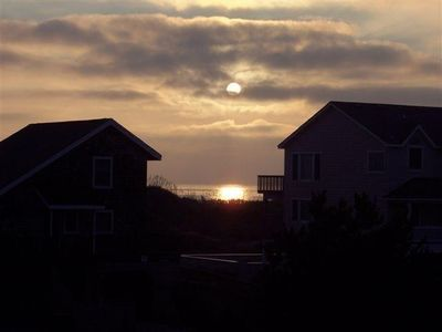 Photo for Next Door To The Shore, Oceanside, 75 Yds to Beach, Linens Incl, Pet Friendly
