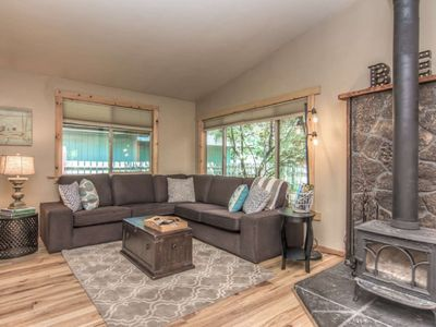 Photo for Quiet Bungalow! Short Walk to Old Mill & River/ Trails-25 mins to Mt Bachelor-Wood Burning Fireplace