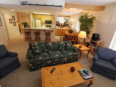 Photo for Cozy, 2 Bed/2 Bath, Walk to Canyon Lodge