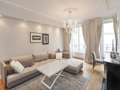 Photo for Luxury furnished 1BD/1 BTH in the 7th, quiet, central location