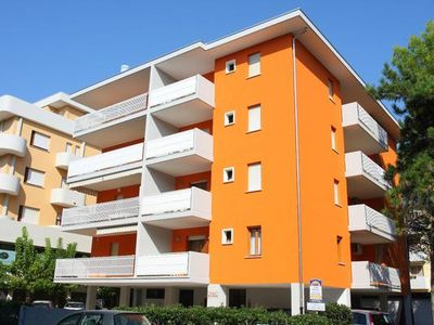 Photo for Holiday apartment Bibione for 4 - 6 persons with 2 bedrooms - Holiday apartment