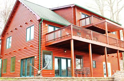 Luxury Cabin for 20, Million Dollar View Lake Estate, Book Now for Summer & Fall