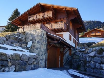 Photo for Superb chalet, stunning views, close to lifts and all services.