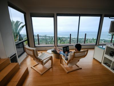 Photo for Bohemian apartment with spectacular 180 degree Ocean View