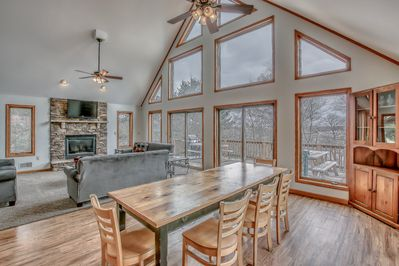 An Image of the Dining Room in Our Poconos Lake Rental.