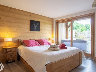 Photo for THE STABLE Chalet du Pic: Cozy cottage in a quiet, private spa and fitness 4 pers