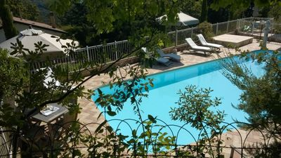 Photo for Beautiful apartment for 4 guests with WIFI, pool, TV, patio, pets allowed and parking