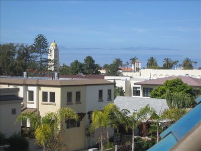 Views Out To The Ocean!TOP-FLOOR END UNIT! Amazing Village Views, Sunsets Galore