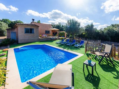 Photo for In a rural idyll with pool - Villa Flor
