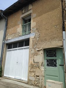 Photo for Townhouse in the heart of picturesque French village, with wi-fi.